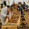 Replica van de boot in opbouw